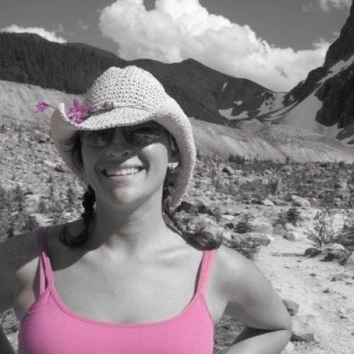 Photo of a Yaymaker Host named Alison Cathcart #TeamTamara