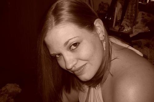 Photo of a Yaymaker Host named Crystal Garrett #TeamHappyTrees