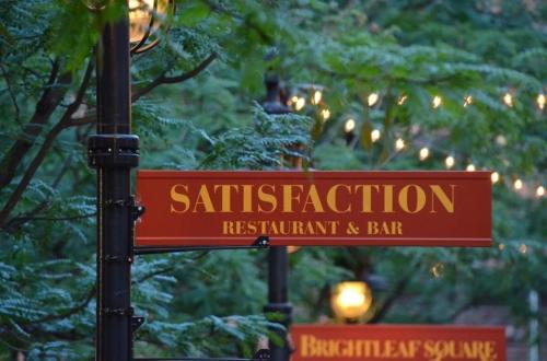 Satisfaction Restaurant Paint Nite