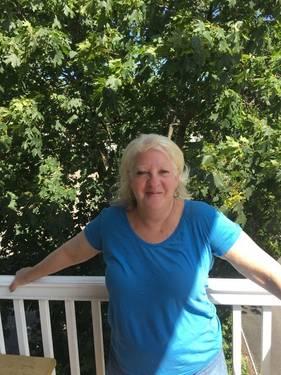 Yaymaker Host Ellen Damsky located in Salem, MA