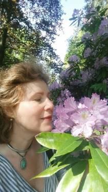Yaymaker Host Katia Zhestkova located in Mason, Ohio