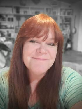 Yaymaker Host Chrissie Hanford #teamTrueNorth located in Edson, AB
