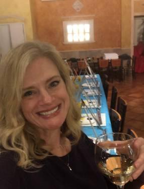 Yaymaker Host Melissa Espigh located in GLEN ALLEN, VA