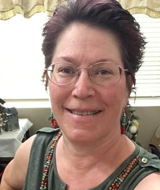 Yaymaker Host Tina Peddersen located in Ewa Beach, HI