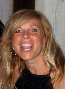 Yaymaker Host April Keough #TEAMLI
