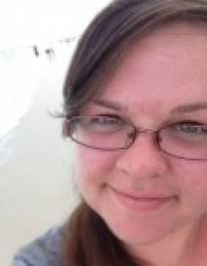 Yaymaker Host Brooke Dahmen located in Wheeling, IL