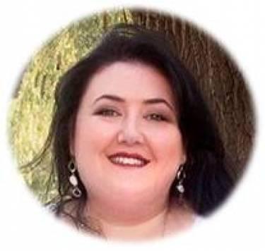 Yaymaker Host Fiorella Catallo located in Maple, ON