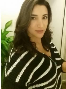 Yaymaker Host Hiba Chriti located in Ottawa, ON