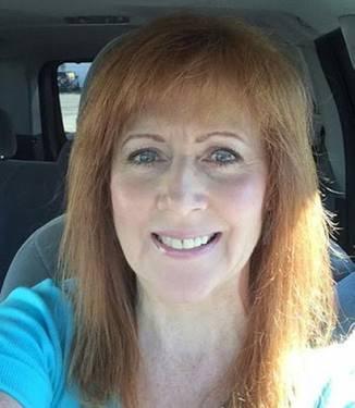 Yaymaker Host Debra Cepeda #TeamSongbird located in Auburn, WA