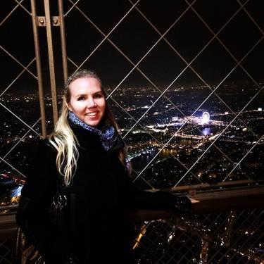 Yaymaker Host Lindsey Eifert