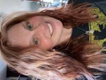 Yaymaker Host Nikki Sutherlin located in VALLEJO, CA