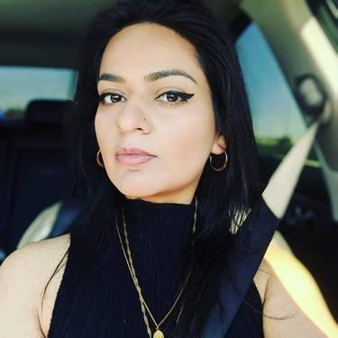 Yaymaker Host Sunaina Sharma located in Brampton, ON
