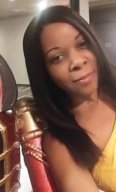 Yaymaker Host Tiffany Green located in ALEXANDRIA, VA