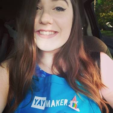 Yaymaker Host Erin McCarty located in PEORIA HEIGHTS, IL