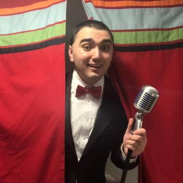 Yaymaker Host Matthew Sapienza located in SEAFORD, NY
