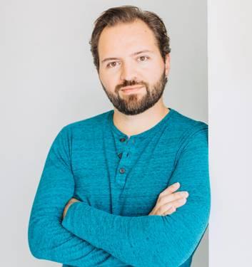 Yaymaker Host Anthony Delillo