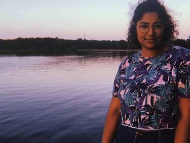 Yaymaker Host Kaya Ratna
