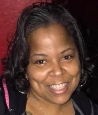 Yaymaker Host LaTonya Williams located in OSWEGO, IL