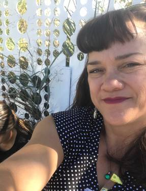 Yaymaker Host Amy Poynter located in POWAY, CA