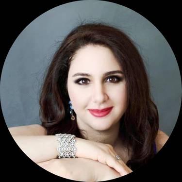 Yaymaker Host Mahsheed Massarat located in BEAVERTON, OR