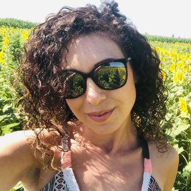Yaymaker Host Jennifer Cohen located in Thornhill , On