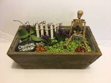 A The Graveyard plant nite project by Yaymaker
