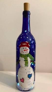 A Wine Bottle Snowman Twinkle Lights paint nite project by Yaymaker