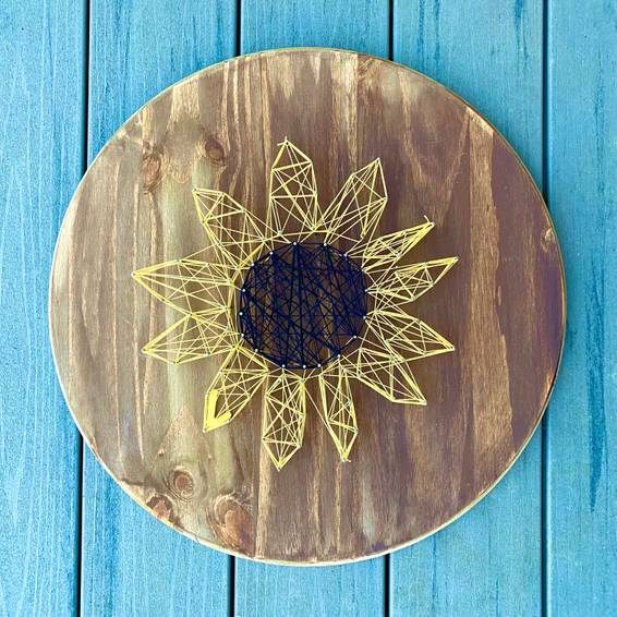 A String Art Sunflower on Wood Pine Pallet experience project by Yaymaker