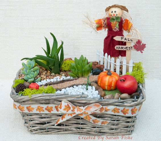A Fall Harvest in Basket plant nite project by Yaymaker