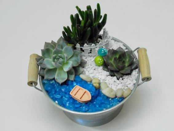 A Boat on the Lake  Tin Tub plant nite project by Yaymaker