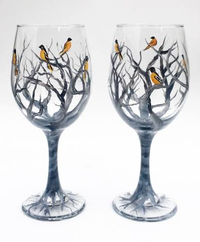 A Orioles in the Branches Wine Glasses paint nite project by Yaymaker