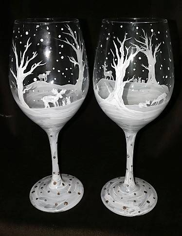 A Snowy Forest Friends Wine Glasses paint nite project by Yaymaker