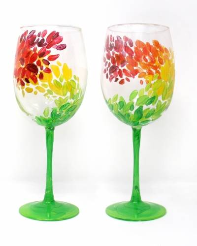 A Swirling Into Fall Wine Glasses paint nite project by Yaymaker