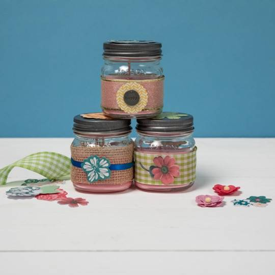 A Winter Scents candle maker project by Yaymaker
