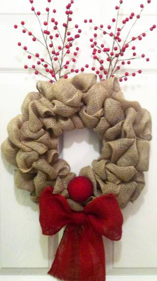 A Rudolph Burlap Wreath plant nite project by Yaymaker