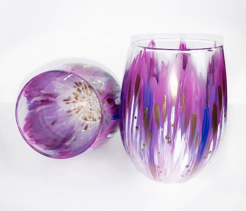 A Purple and Gold Flower Stemless Wine Glasses paint nite project by Yaymaker