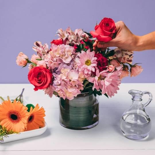A Flower Workshop Galentines Day DIY flower arrangements flower workshop project by Yaymaker