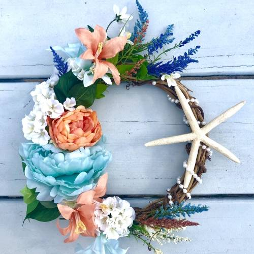 A Sun Kissed Ocean Wreath plant nite project by Yaymaker