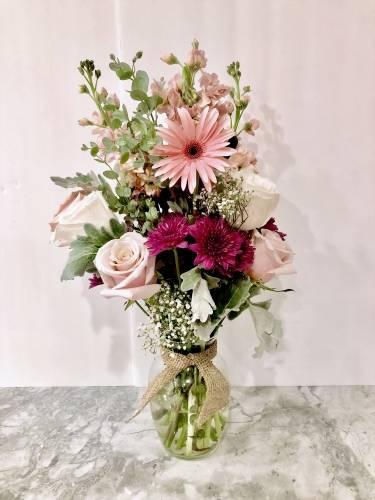 A Rustic Floral Arrangement flower workshop project by Yaymaker