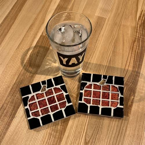 A Pumpkin Coasters make a mosaic project by Yaymaker