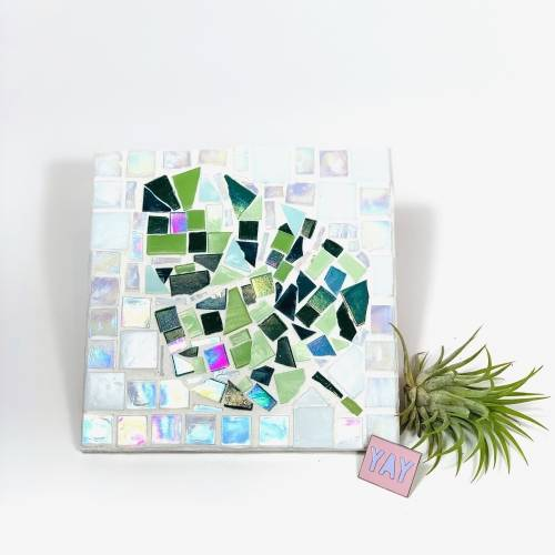 A Create Your Own Design  Leaf make a mosaic project by Yaymaker