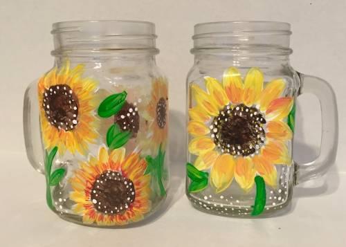 A Sunflower Mason Jars paint nite project by Yaymaker