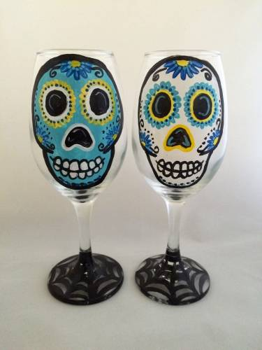 A Calavera Sugar Skull Webbed Drinkware paint nite project by Yaymaker