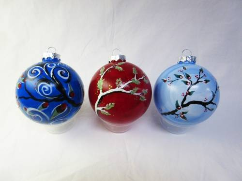 A Whimsy Winter Ornaments paint nite project by Yaymaker
