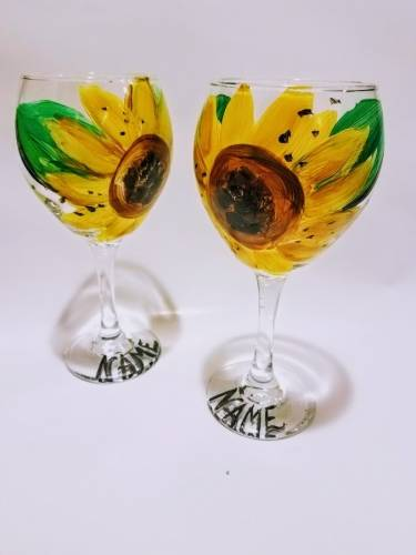 A Sunflower Sips Wine Glasses paint nite project by Yaymaker