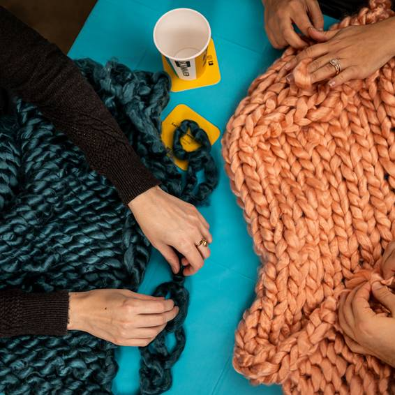 A Chunky Throw Blanket experience project by Yaymaker