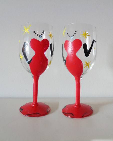 A Vavavoom Wine Glasses paint nite project by Yaymaker