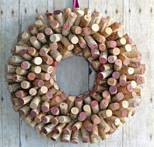 A Wine Cork Wreath  Virtual Event experience project by Yaymaker