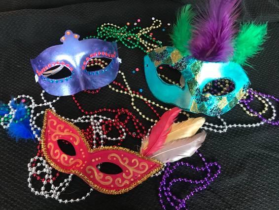 A Mardi Gras Celebration  Customize 3 Masks experience project by Yaymaker