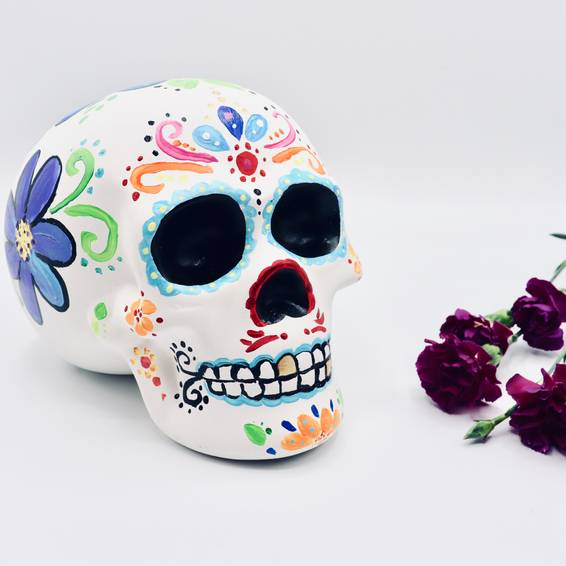 A Ceramic Skull Flower Design experience project by Yaymaker